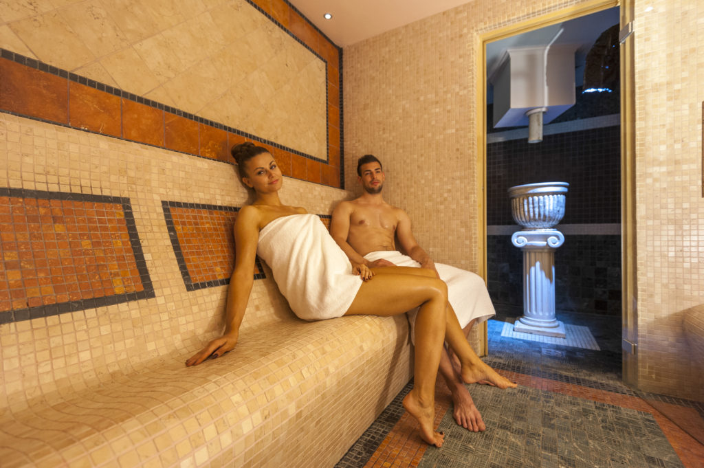 Flavia thermal baths and saunas_Couple in sauna_03_The Grand Hotel Primus wellness centre_TP_Foto Zoran Vogrincic_1009 14