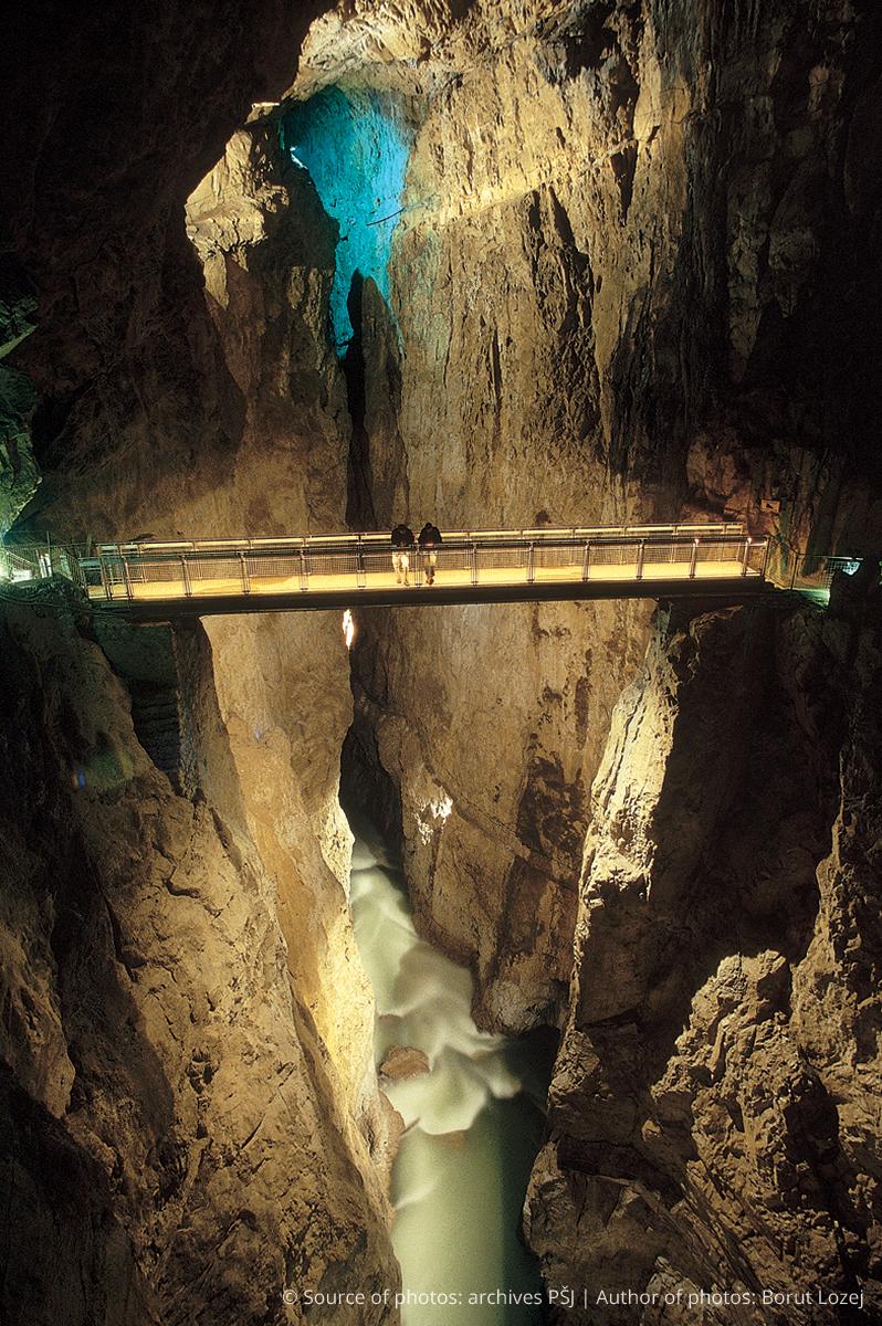 Cerkvenikov_most_tabla_mala