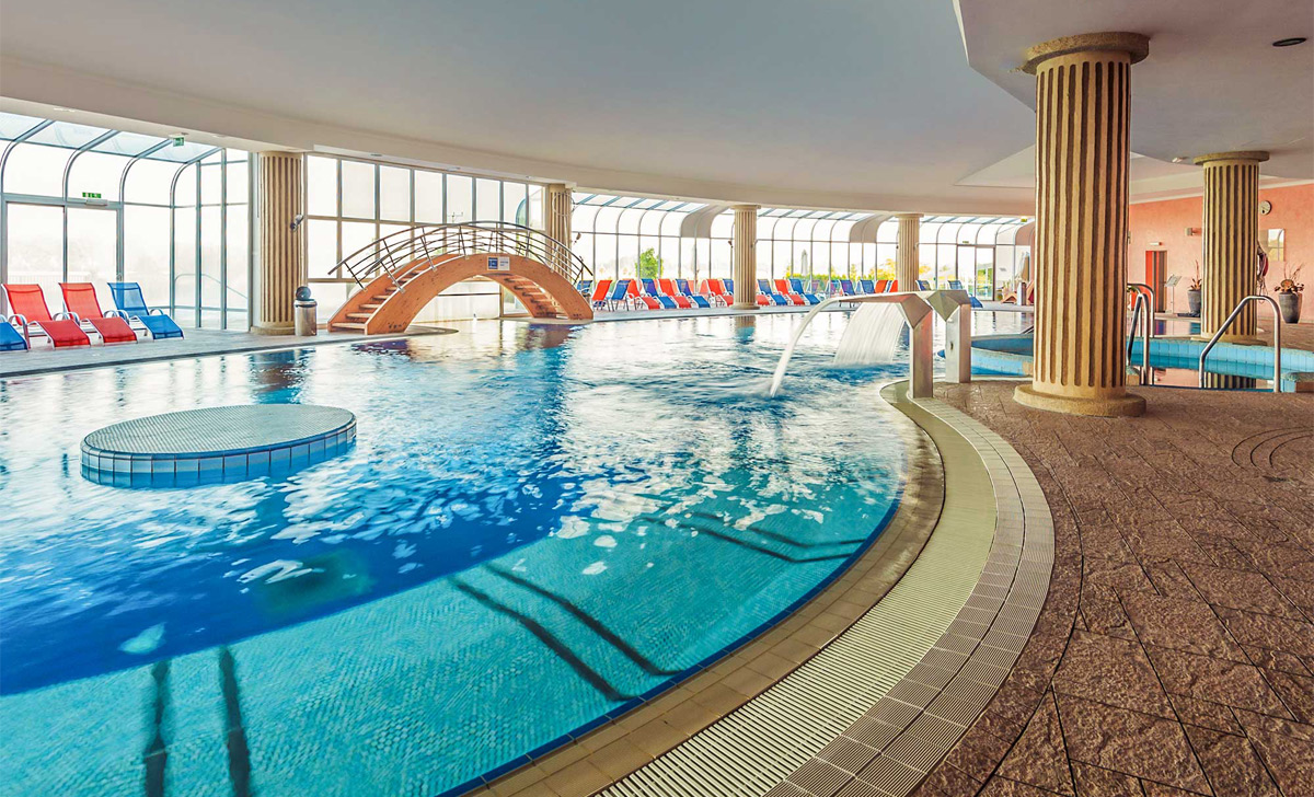 Indoor-pools_04_Grand-Hotel-Primus_TP_Foto-Zoran-Vogrincic_0209-14