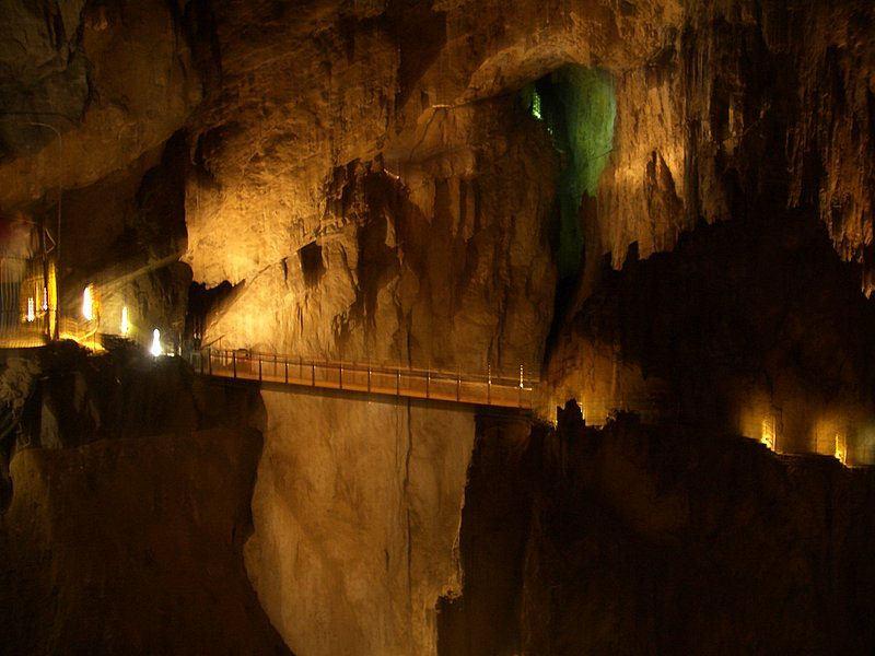 Slovenia-Caves_Caves-in-Slovenia-Travel-Blog_Skocjan-Caves