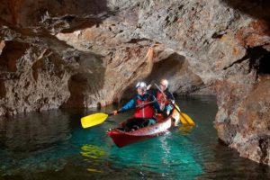 Jděte Do Podzemí Na Kole Nebo Kajaku