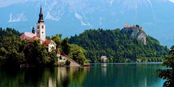 bled-island-church-castle