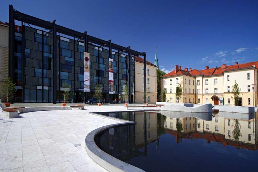 slovene_ethnographic_museum_ga161208_ma1