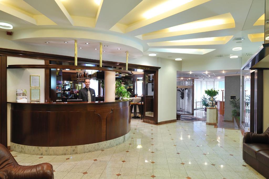 21-8979-Slovinsko-Šmarješke-Toplice-Hotel-Krka