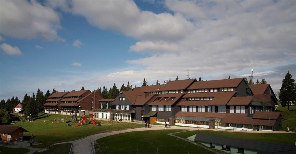 23-9133-Slovinsko-Rogla-Hotel-Planja-zimní-zájezd