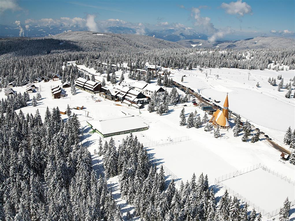 23-9183-Slovinsko-Rogla-Bungalovy-Macesen-bez-stravy-zimní-zájezd
