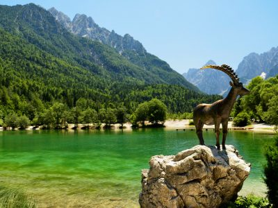 Lake Jasna Statue Goldhorn