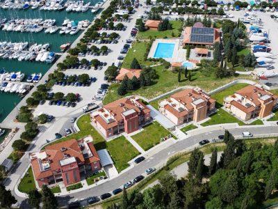 Residence Marina****