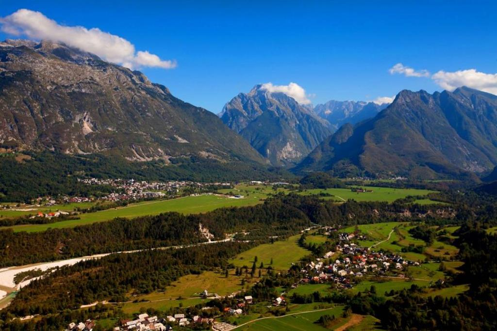 26-11003-Slovinsko-Bovec-Hotel-Alp-82180