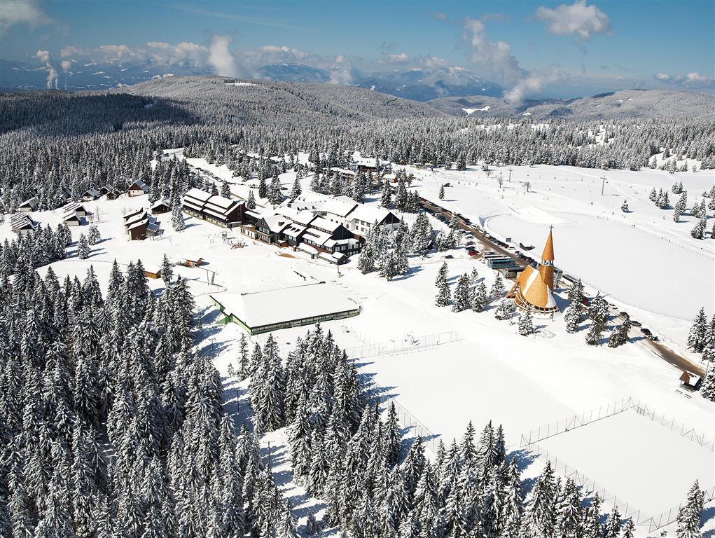 33-12329-Slovinsko-Rogla-Hotel-Brinje-zimní-zájezd-se-skipasem-v-ceně-45880
