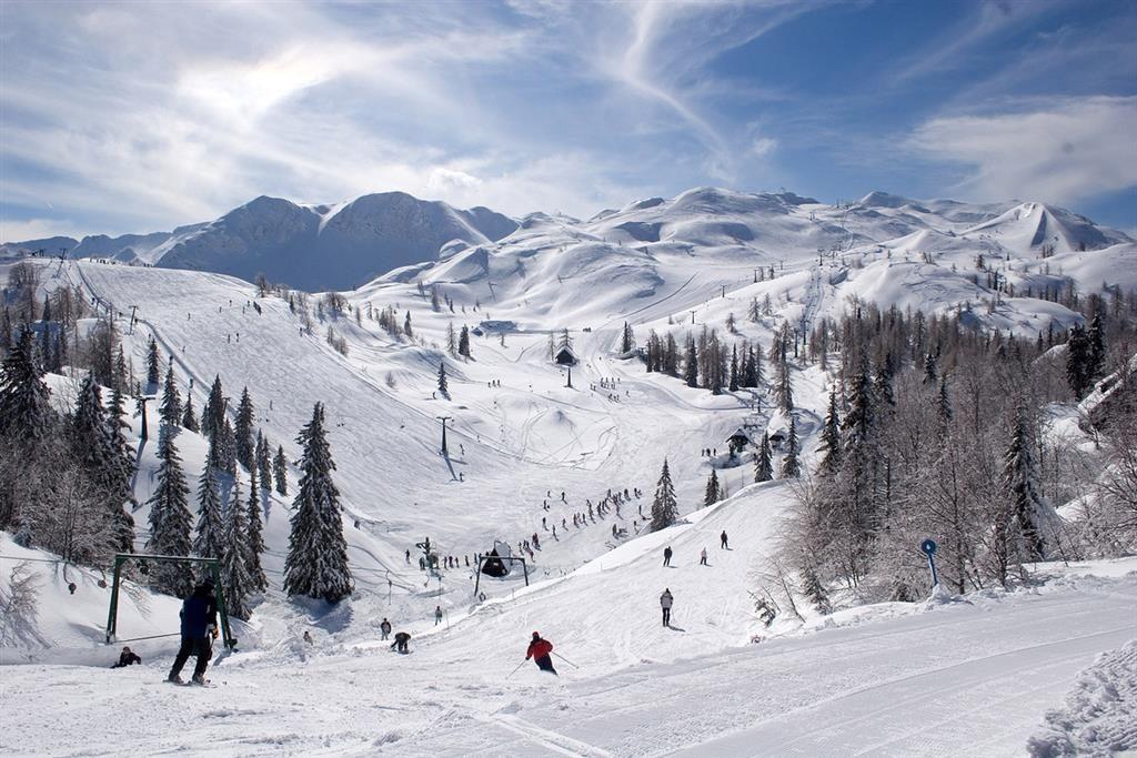 33-12434-Slovinsko-Bohinj-Hotel-Jezero-34denní-zimní-balíček-se-skipasem-v-ceně-85751