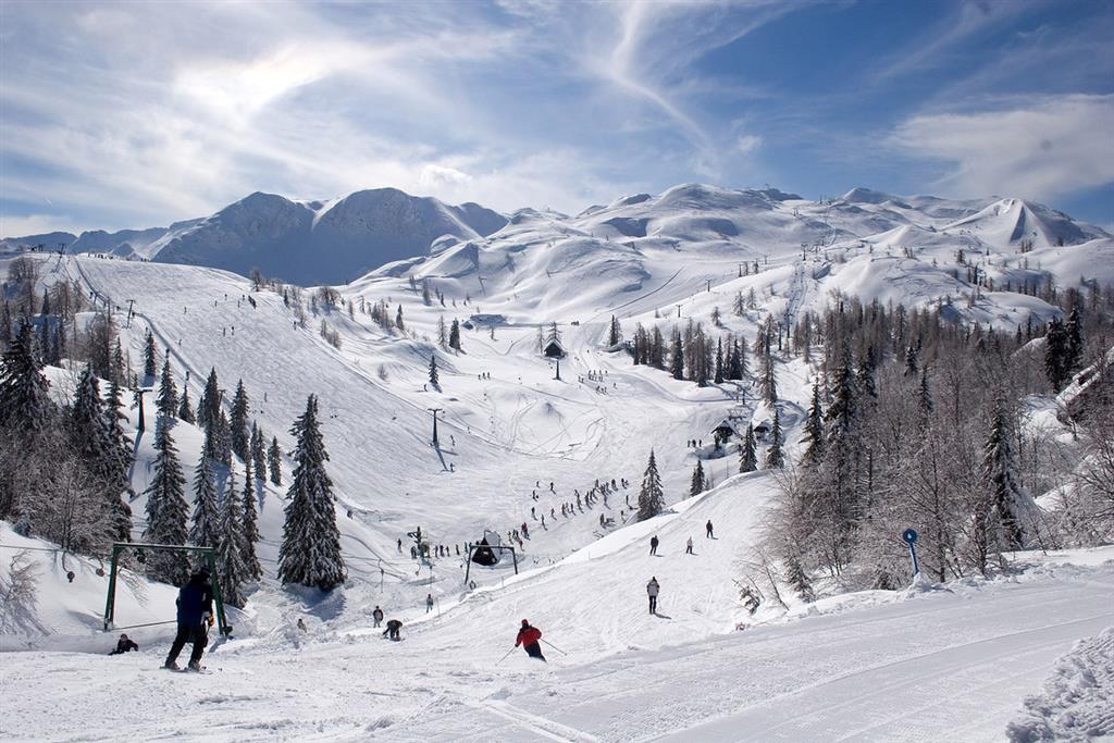 33-12436-Slovinsko-Bohinj-Hotel-Jezero-78denní-zimní-balíček-se-skipasem-v-ceně-85751