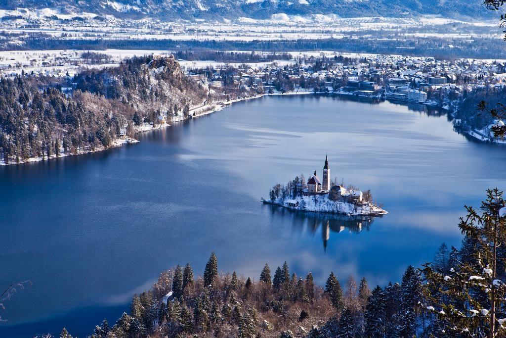 33-12469-Slovinsko-Bled-Hotel-Jadran-5denní-lyžařský-balíček-s-denním-přejezdem-wellness-a-skipas-v-ceně-85159