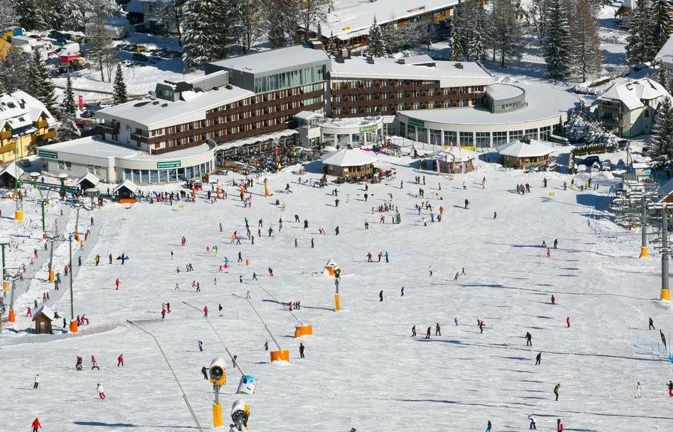 33-12494-Slovinsko-Kranjska-Gora-Ramada-Resort-zimní-zájezd-se-skipasem-v-ceně-96834