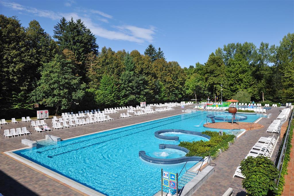 34-13307-Slovinsko-Dolenjske-Toplice-Hotel-Kristal-41050
